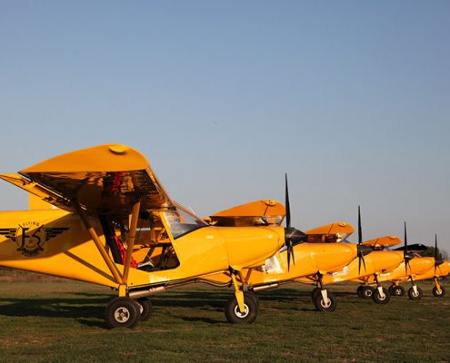 avion-jaune-flyingsafari-frejus