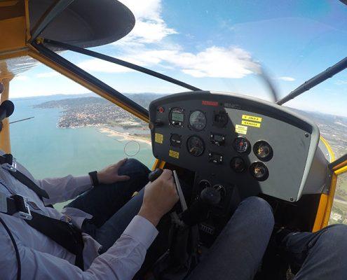 avion-jaune-flyingsafari-saint-raphael